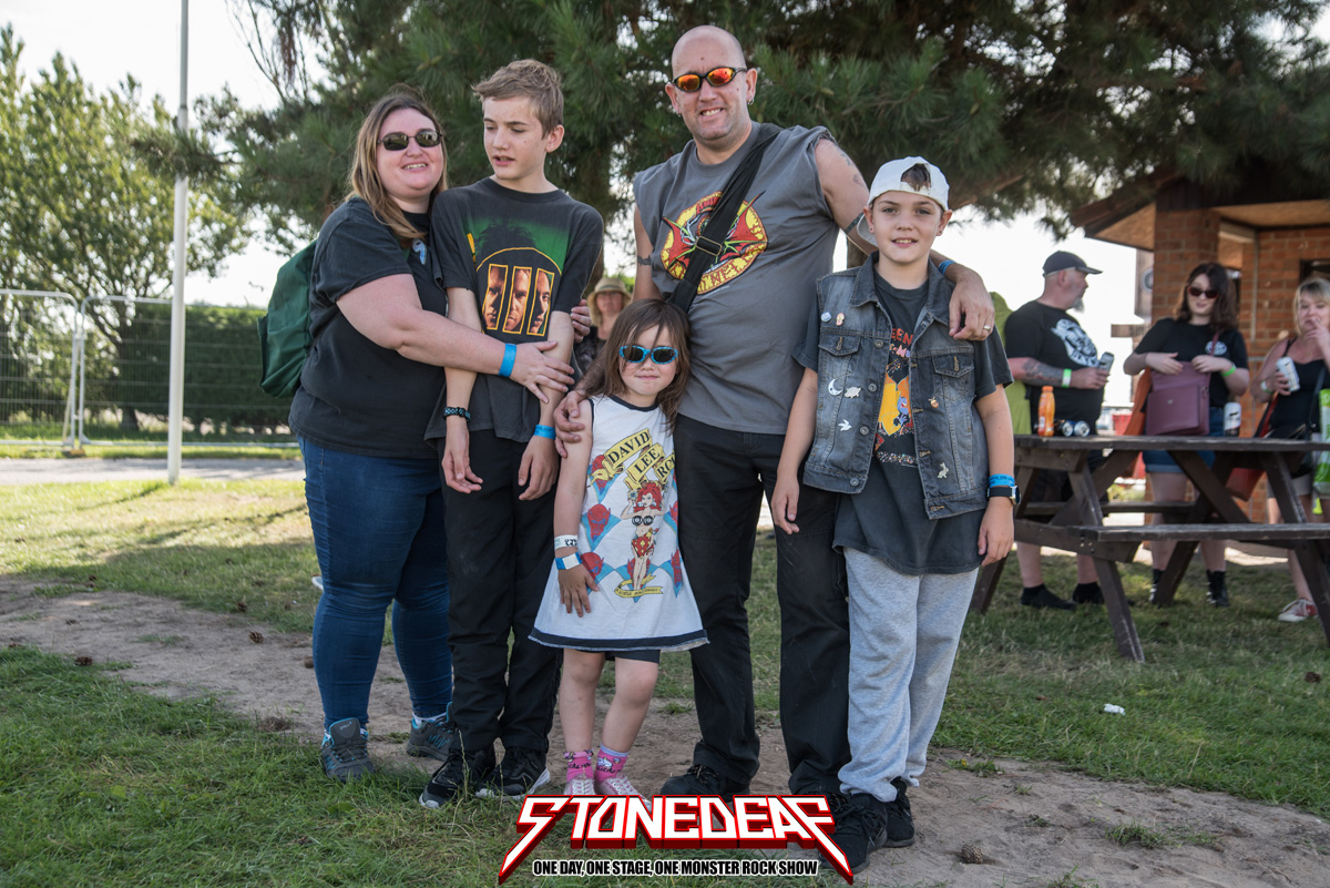 20190824_StoneDeaf_Crowd_SL_0105